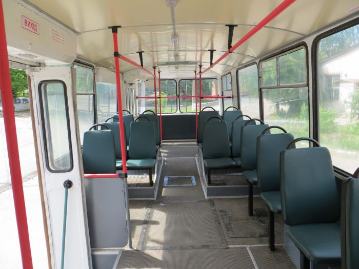 "Салон капитально отремонтированного троллейбуса ЗИУ-9 №236. Фото: КП ""Электроавтотранс"""