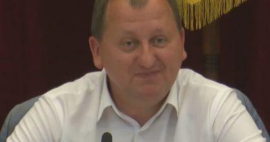 Мэр Сум Александр Лысенко на сессии горсовета