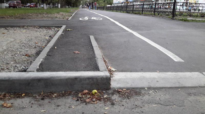 Велодорожка на улице Герасима Кондратьева в Сумах