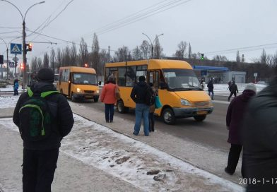 В Сумах пассажир показал массовые нарушения маршрутками правил дорожного движения