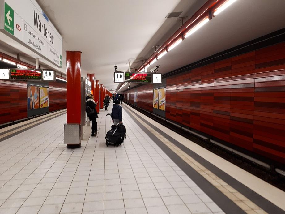 Станция метро Wartenau