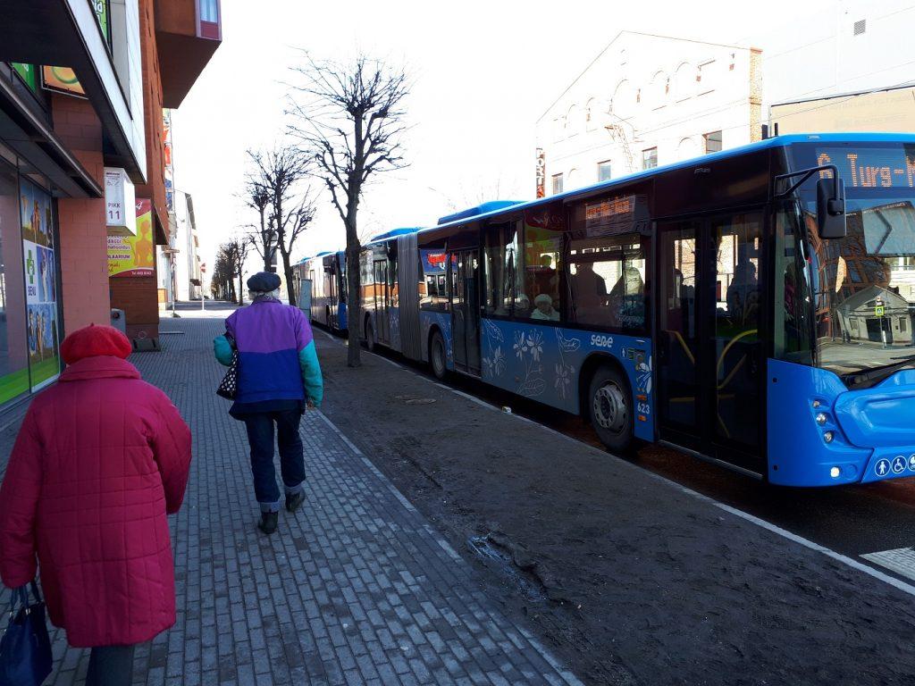 Городские автобусы-гармошки в Пярну