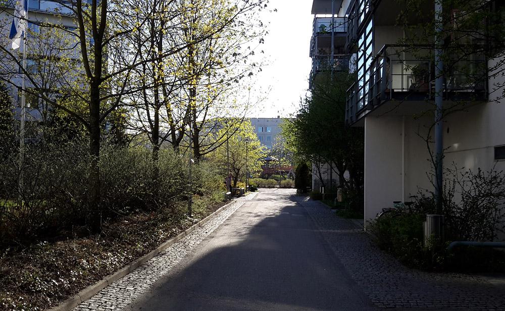 Территория для людей и велосипедов