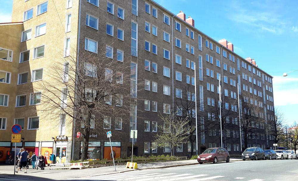 Многоэтажное жилое здание в Хельсинки